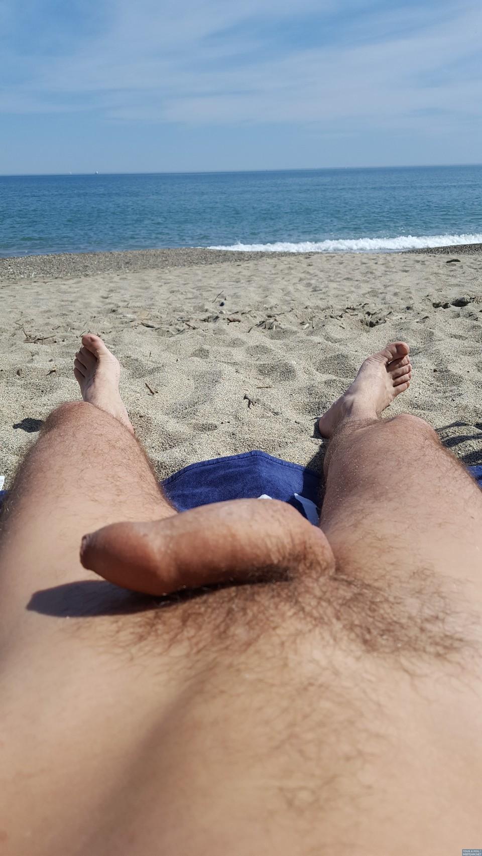 c'est bon d'être à poil à la plage